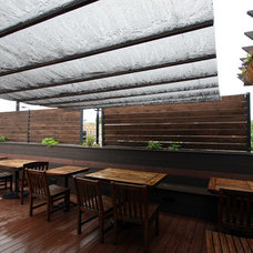 traditional patio by Rooftopia, LLC