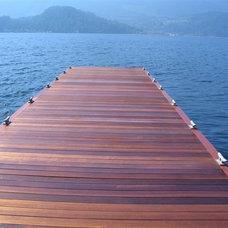 Tropical Deck by Kayu Canada Inc.