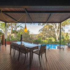 Contemporary Deck by GM Urban Design & Architecture