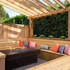 Midcentury Deck by Best Builders ltd