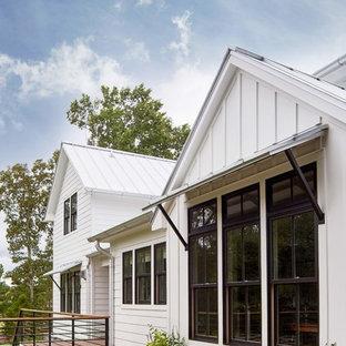 Idee per una grande terrazza country dietro casa con nessuna copertura