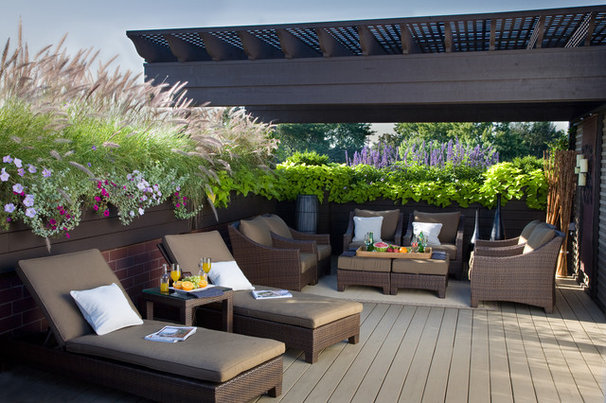Landscaping Around Tall Deck : Ways to use ornamental grasses in the landscape
