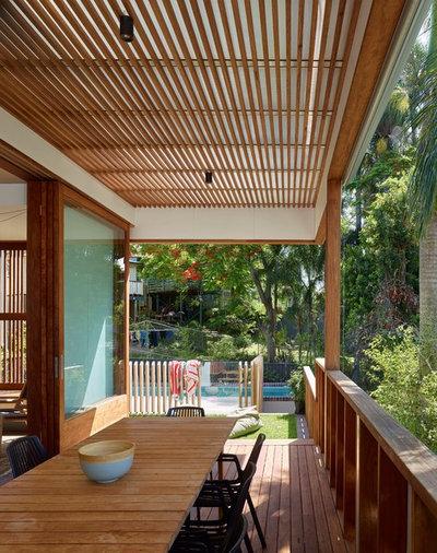 Tropical Deck by Arcke Pty Ltd