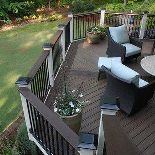 Idéer för att renovera en mycket stor vintage terrass på baksidan av huset