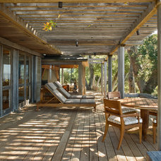 Rustic Deck by Studio Schicketanz