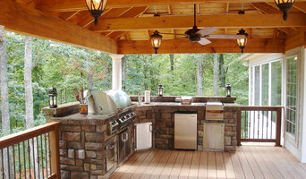 Rustic Outdoor Entertaining Spacce
