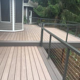 Foto di una terrazza minimal di medie dimensioni e dietro casa con nessuna copertura