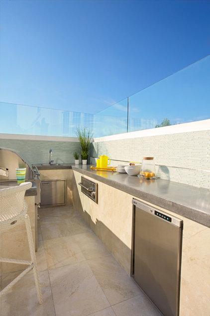 Modern Patio by Dupuis Design