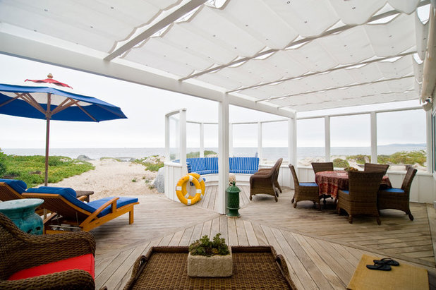 Beach Style Deck by Janette Mallory Interior Design Inc.