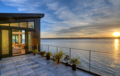 Houzz Tour: Island Home Works With the Forces of Nature