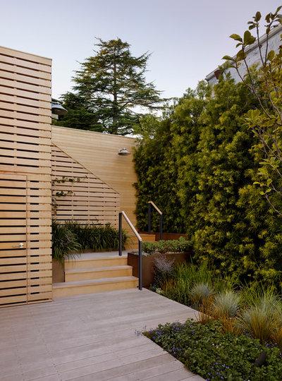 Терраса by Scott Lewis Landscape Architecture