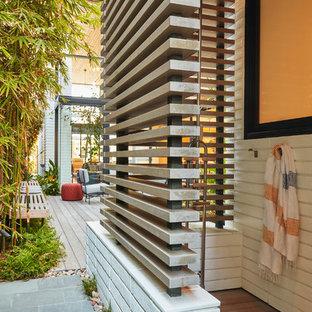 Immagine di una terrazza contemporanea