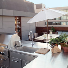 Modern Patio by Zakrzewski + Hyde Architects