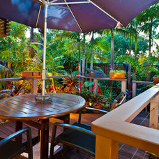 Tropical Deck by ...talk to Di- Elders Real Estate