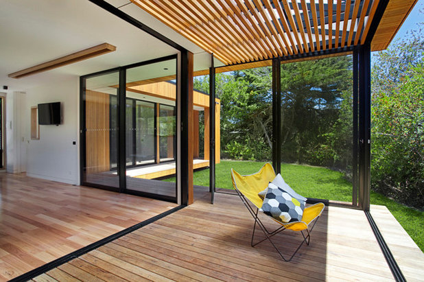 Contemporary Deck by ArchiBlox