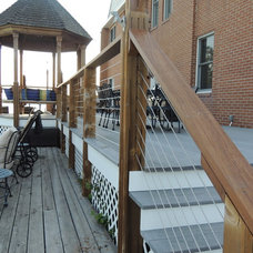 Modern Deck by Stainless Cable & Railing, Inc.