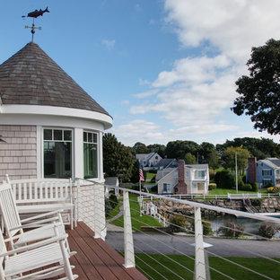 Imagen de terraza costera, de tamaño medio, sin cubierta, en patio trasero