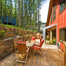 Traditional Deck by Lipsett Photography Group