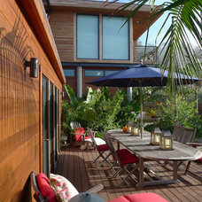 Traditional Deck by Irwin Fisher, Inc.