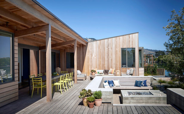 Contemporary Deck by Turnbull Griffin Haesloop