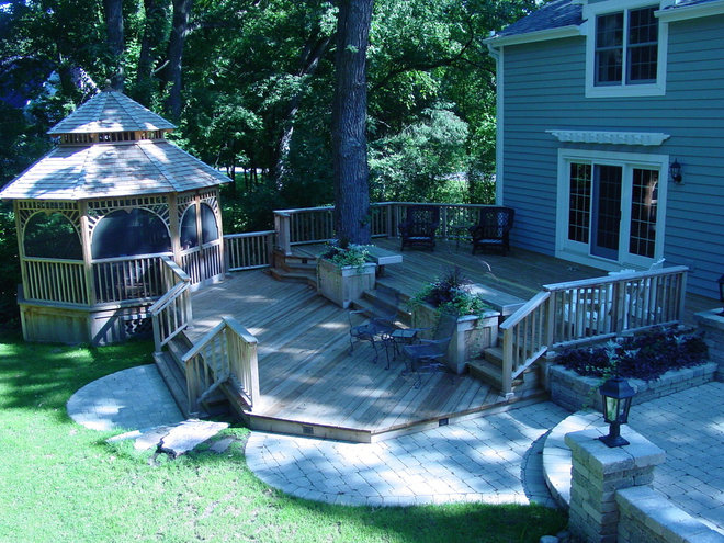 Traditional Deck by Carpentry with Integrity, Inc