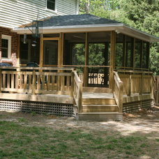 Traditional Deck by Custom Creations Home Improvements, Inc.