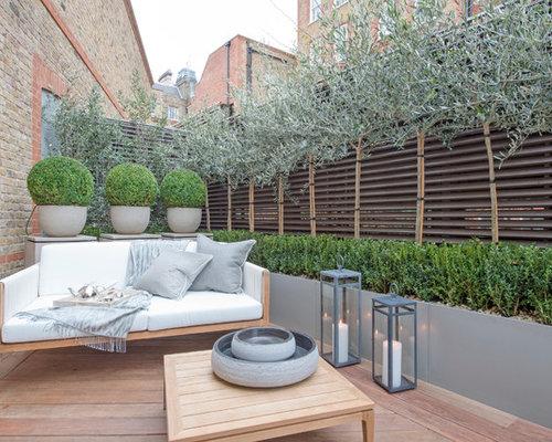 deck small contemporary backyard deck idea in london - Deck Ideen Design