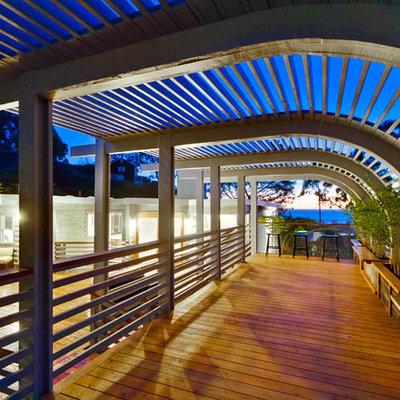 Trendy deck photo in San Diego