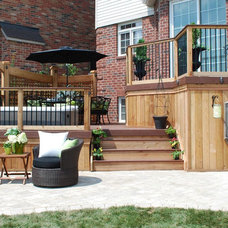 Traditional Deck by Paul Lafrance Design