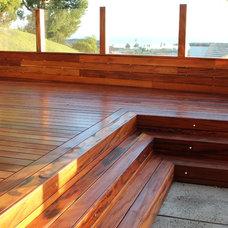 Modern Deck by OC Deck & Patio