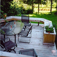 Traditional Deck by bbuzzCONCEPTS Inc. - John R Buller