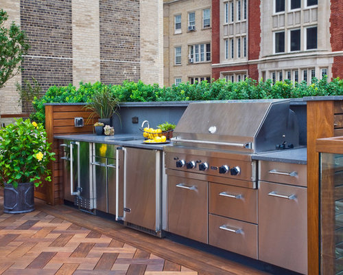 Inspiration For A Timeless Rooftop Outdoor Kitchen Deck Remodel In Chicago