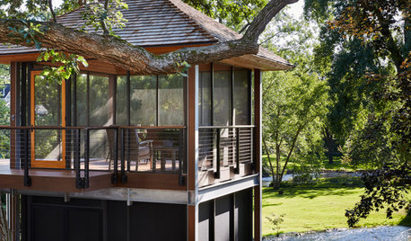 Screened-In Porch and a Deck Under the Oaks in Minnesota