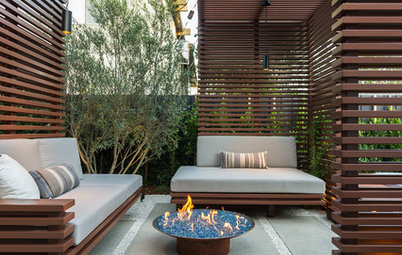 12 Outdoor Screen Ideas That Are Pretty and Private