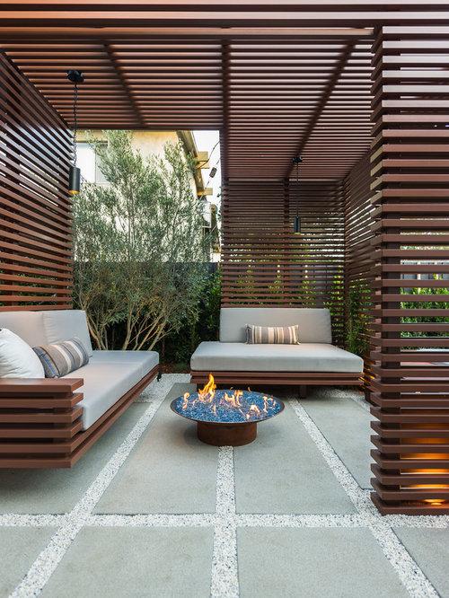 moderne terrasse mit feuerstelle ideen f r die terrassengestaltung houzz. Black Bedroom Furniture Sets. Home Design Ideas