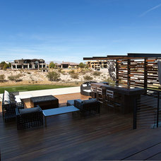 Contemporary Deck by Assemblage Studio