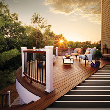 Transitional Deck by TREX COMPANY INC