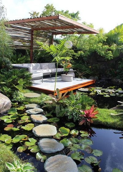 Tropicale Terrazza by Christian Jenkins Landscape Design