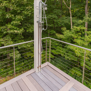 Inspiration for a mid-sized modern backyard deck in Cincinnati with an outdoor shower and no cover.