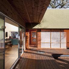 Contemporary Deck by Loop Design