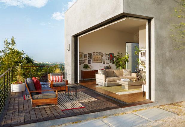 Modern Terrasse by Modern Nest