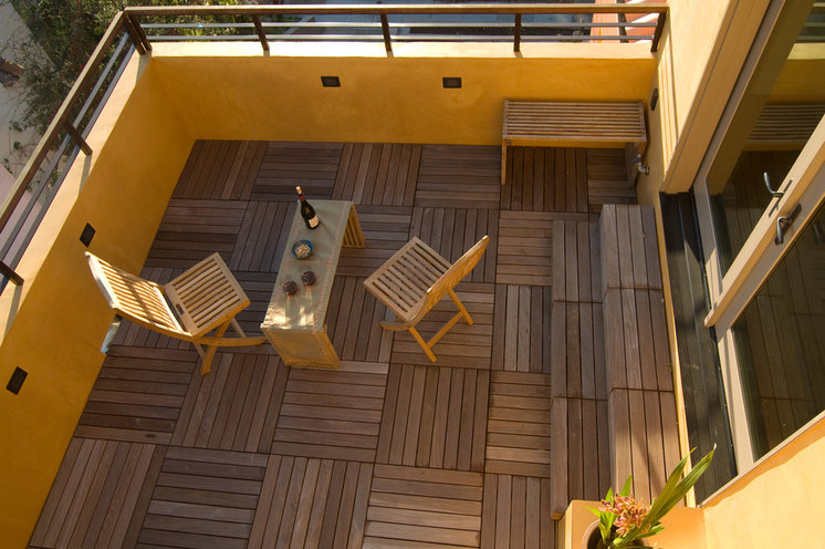 Contemporary Deck by Sogno Design Group