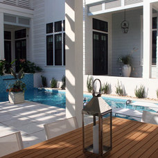 Contemporary Deck by Horton Land Works