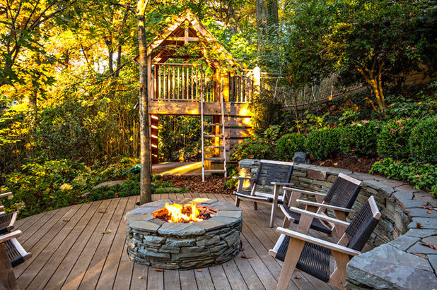 Rustic Deck by Molior Construction
