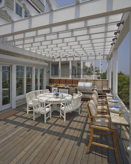 Beach Style Deck by Bruce Palmer Interior Design