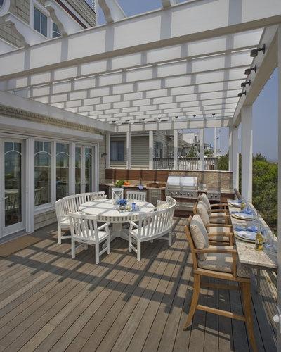Beach Style Deck by Bruce Palmer Interior Design
