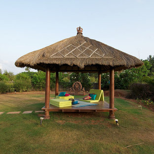 Inspiration for a zen deck remodel in Mumbai