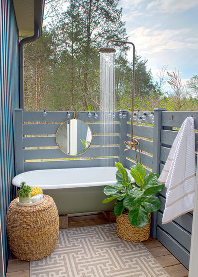 Beach Style Deck By Sharon Barrett Interiors
