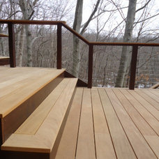 Contemporary Deck by CT Deck Pros