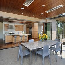 Modern Deck by Tobin Dougherty Architects